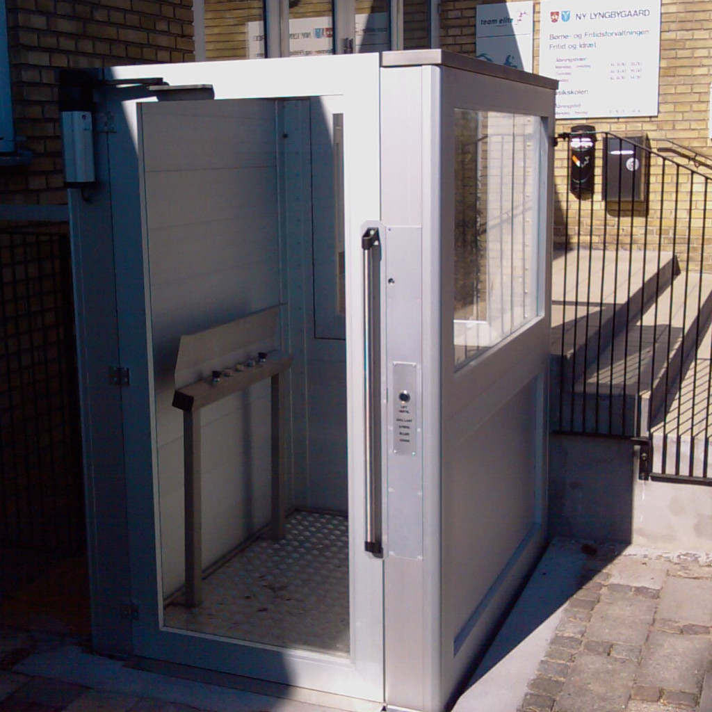 Handicap elevator with open or closed shaft- gallery 12 | HYDRO-CON Elevator A/S