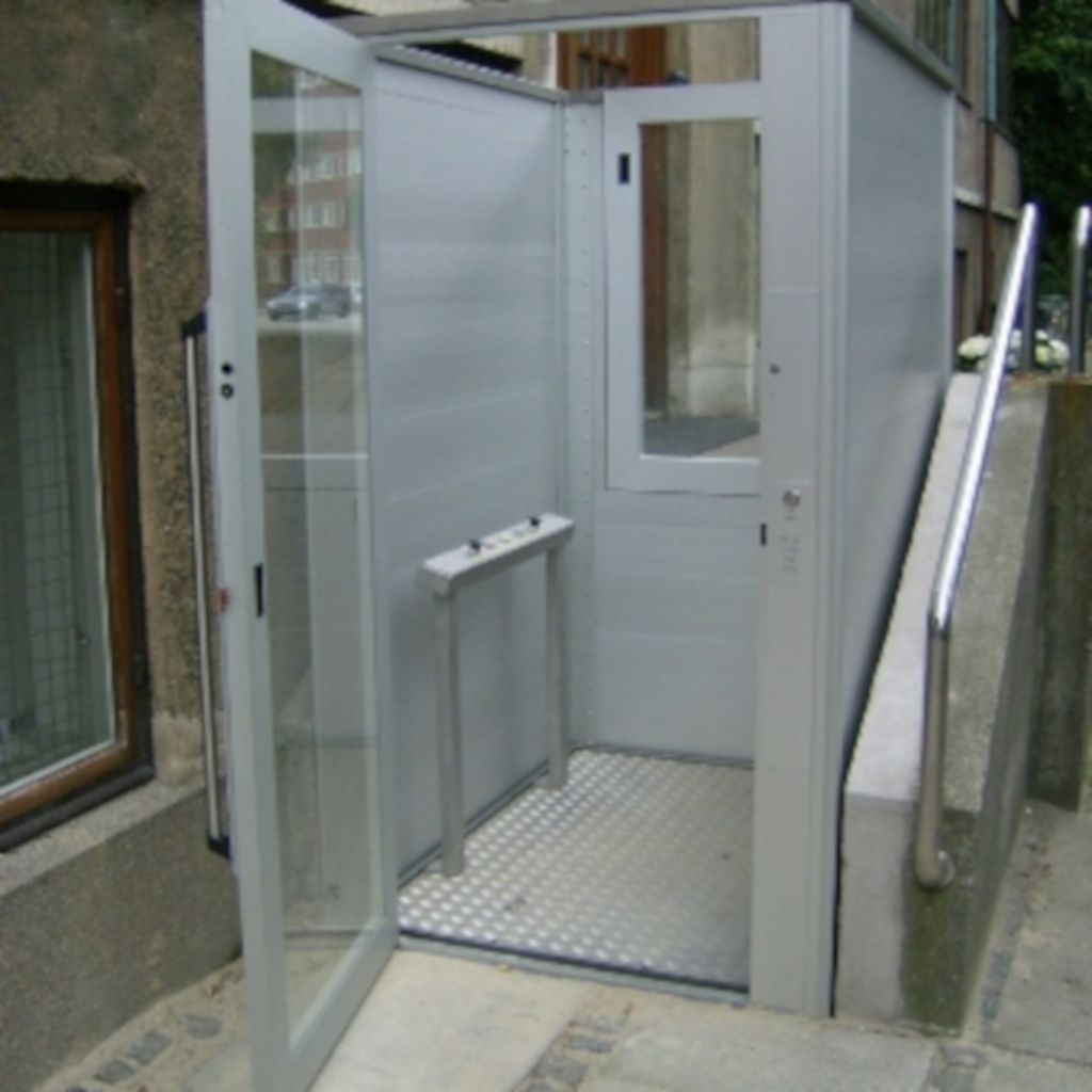 Handicap elevator with open or closed shaft- gallery 7 | HYDRO-CON Elevator A/S