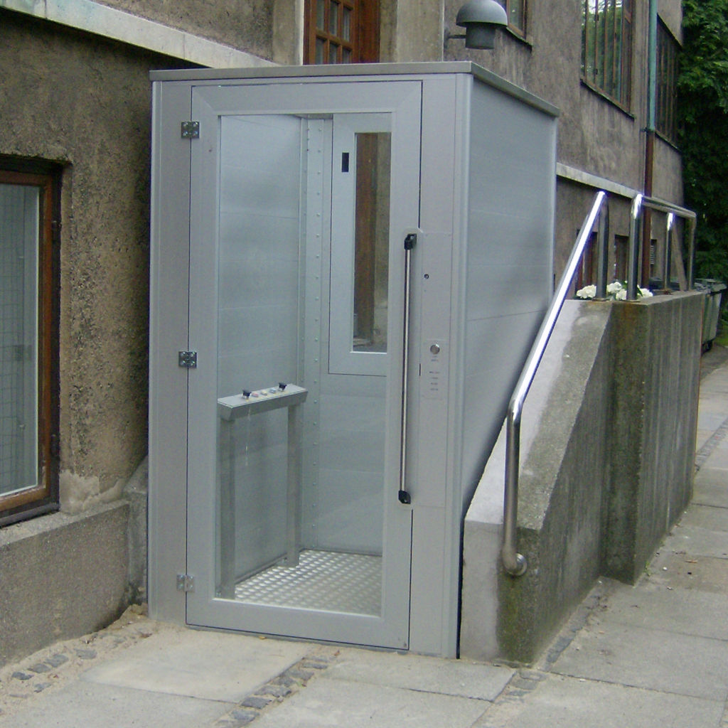 Handicap elevator with open or closed shaft- gallery 9 | HYDRO-CON Elevator A/S