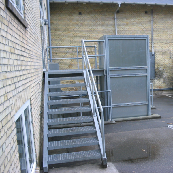 Rack lift for freight- gallery 2 | HYDRO-CON Elevator A/S